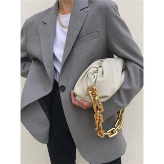 The Chain Pouch leather クラッチ
