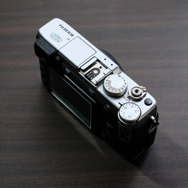富士フイルム(フジフイルム)のFUJIFILM X-E1@airfoce310様専用 スマホ/家電/カメラのカメラ(ミラーレス一眼)の商品写真