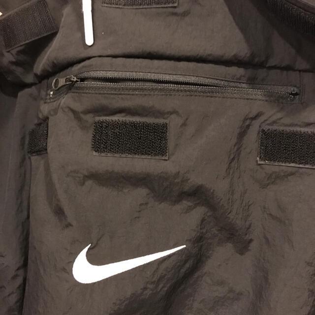 NIKE(ナイキ)のNIKE ナイキ ビッグスウォッシュ ナイロンアノラック ブラック XL メンズのジャケット/アウター(ナイロンジャケット)の商品写真
