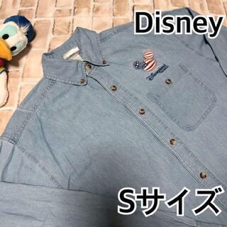 ディズニー(Disney)のディズニー 長袖シャツ デニムシャツ Mサイズ シャンブレーシャツ 刺繍 メンズ(シャツ)