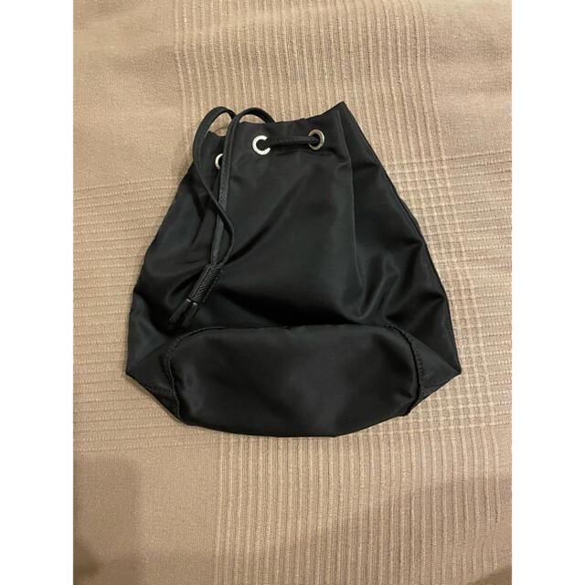 PRADA(プラダ)のPRADA 巾着ポーチ ブラック ナイロン レディースのファッション小物(ポーチ)の商品写真