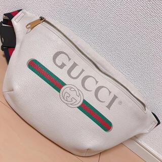 Gucci - GUCCI ボディーバック ウエストポーチ