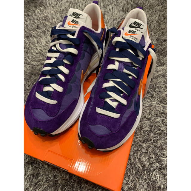 sacai(サカイ)のNIKE sacai VaporWaffle Dark Iris メンズの靴/シューズ(スニーカー)の商品写真