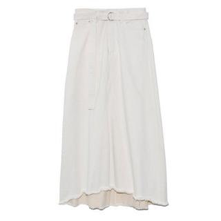 ミラオーウェン(Mila Owen)のMilaOwen リメイク風Aラインデニムスカート(ロングスカート)
