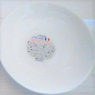 ヤマザキセイパン(山崎製パン)の新品★未使用16.5cm深皿 中皿 白い皿 丸型 丸皿 丸い皿ディッシュ 丸(食器)