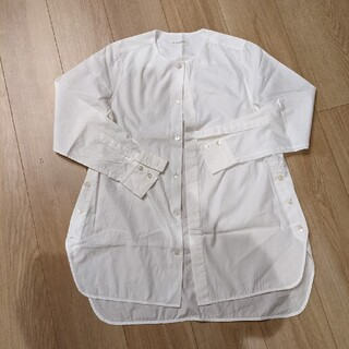 TOMORROWLAND - MACPHEE シャツ