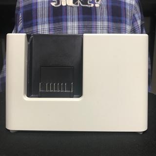 シャープ(SHARP)のSHARP バッテリー充電器 R1ACE (YS-03) 純正(掃除機)
