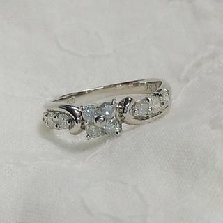 Pt900 ダイヤモンド0.5ctのフラワーリング