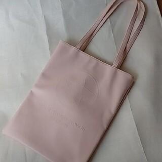 ジーユー(GU)のクリスタルスター トートバッグ ピンク(トートバッグ)