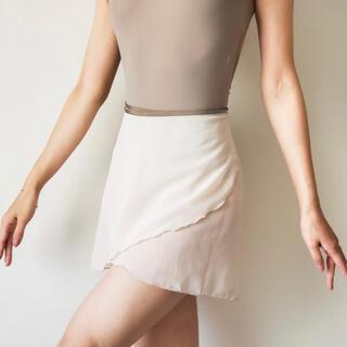 チャコット(CHACOTT)の極美品⭐︎ herz ヘルツ バレエ 巻きスカート(ダンス/バレエ)