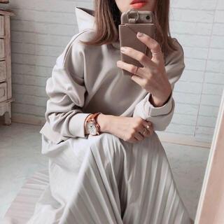 IENA - ★新品 完売品 GU ジーユー 美シルエット フェイクレザープリーツスカート
