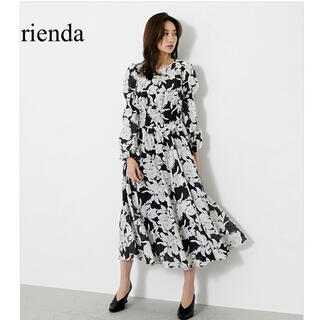 rienda - rienda アートフラワーシャーリングフレアOP ワンピース リエンダ