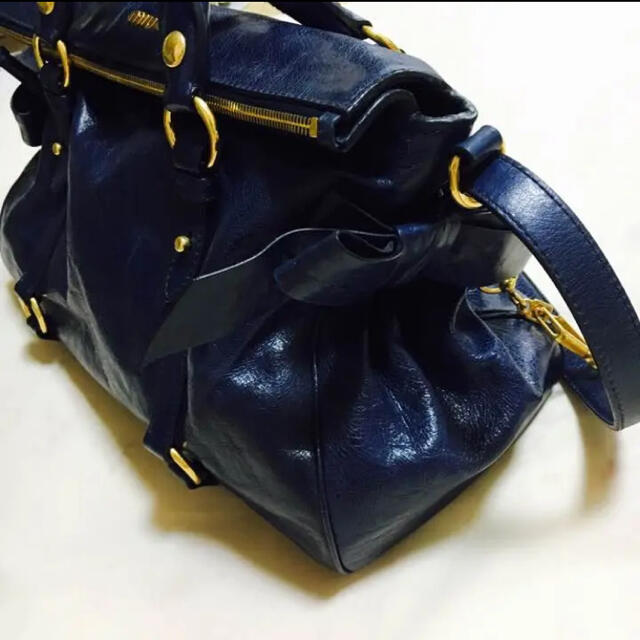 miumiu(ミュウミュウ)のmiumiuリボンバック レディースのバッグ(ショルダーバッグ)の商品写真