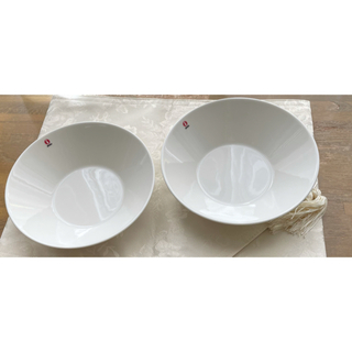 イッタラ(iittala)のイッタラ ボウル ティーマ 21cm お洒落 ホワイト  2枚セット(食器)
