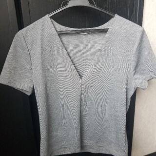 ZARA - グレー Vネック Tシャツ