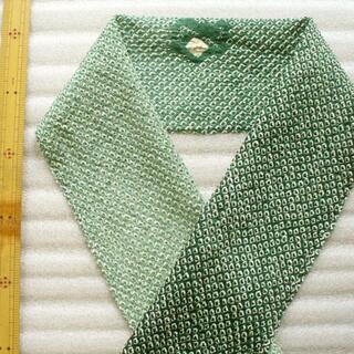 18×95㌢位 総絞り鹿の子 色暈し 緑系 半襟 はぎれ 和柄 和布 シルク