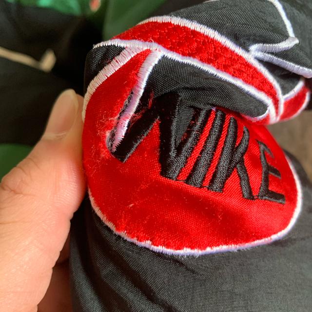 NIKE(ナイキ)のNike 90s supreme 元ネタ 緑黒 メンズのジャケット/アウター(ナイロンジャケット)の商品写真