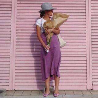 ドゥロワー(Drawer)の田中彩子 愛用  MEER. Eco Leather Strap Skirt (ひざ丈スカート)