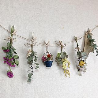 8点 音符タグガーランド〜かごの中に花束&スワッグ〜ユーカリ・薔薇ドライフラワー(ドライフラワー)