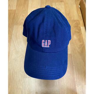 ギャップ(GAP)の新品未使用 GAP ロゴキャップ サイズフリー ネイビーに赤ロゴ入り(キャップ)