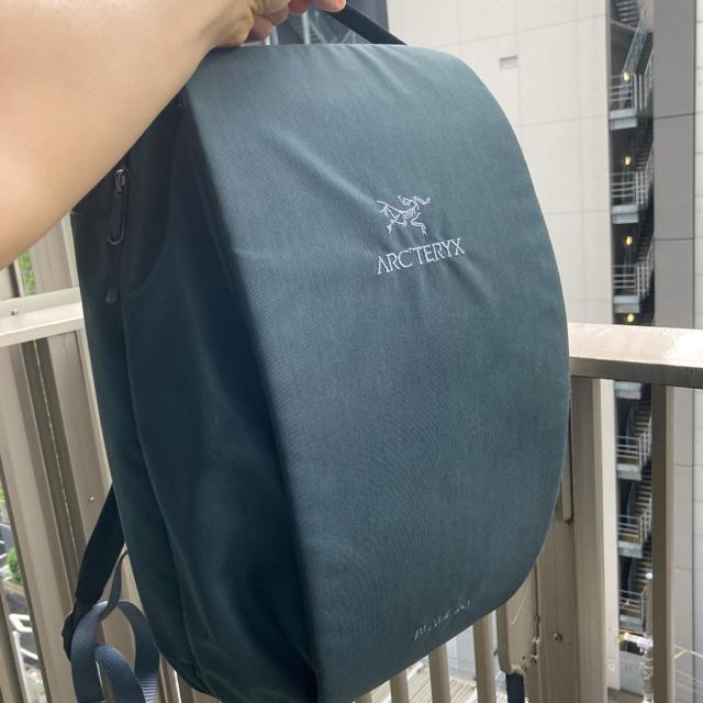 ARC'TERYX(アークテリクス)のアークテリクス ブレード20 バックパック モスグリーン メンズのバッグ(バッグパック/リュック)の商品写真