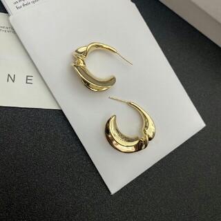 celine - 綺麗 CELIENセリーヌ ピアス 刻印ロゴ 美品