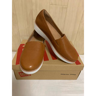 フィットフロップ(fitflop)の新品★Fitflop フィットフロップ Tumbled Tan★23(ローファー/革靴)