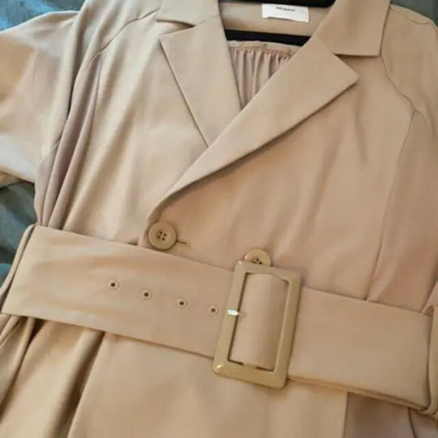 MURUA(ムルーア)のMURUA トレンチコート レディースのジャケット/アウター(トレンチコート)の商品写真