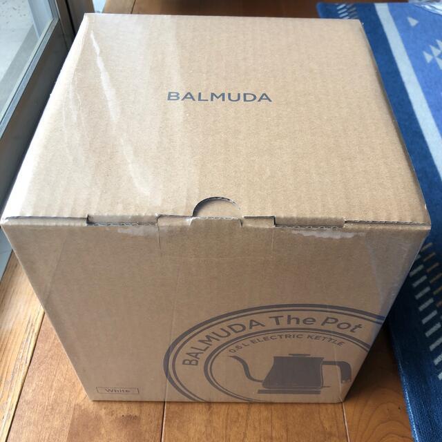 BALMUDA(バルミューダ)の新品未開封 バルミューダ ポット 電気ケトル BALMUDA K02A-WH スマホ/家電/カメラの生活家電(電気ケトル)の商品写真