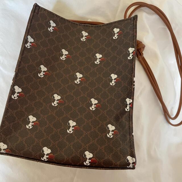 しまむら(シマムラ)のしまむら スヌーピー   バッグ レディースのバッグ(ショルダーバッグ)の商品写真