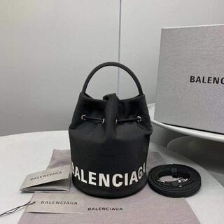 Balenciaga - 新品 BALENCIAGA Wheel XS ドローストリング バケットバッ