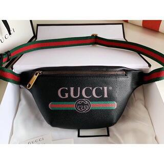 グッチ(Gucci)のGUCCIウエストポーチ(ボディーバッグ)