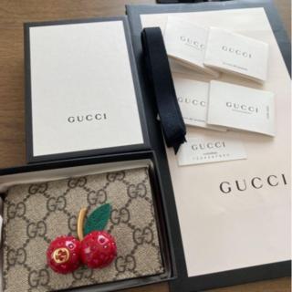 Gucci - GUCCI チェリー 折り財布 GG さくらんぼ