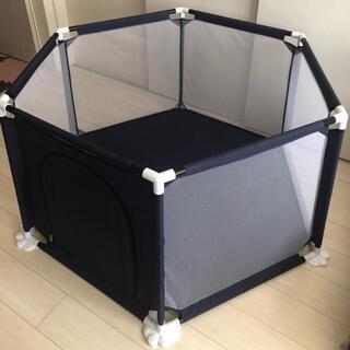 ファスナー式扉付きベビーサークル 0 - 3歳 6ヵ月児対応(ベビーサークル)