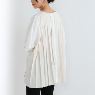 ブージュルード(Bou Jeloud)の   Bou jeloud : Backプリーツブラウス ブージュルード(Tシャツ(半袖/袖なし))
