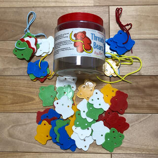 くまのひもとおし Thready Bears 知育玩具