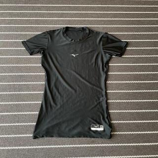 ミズノ(MIZUNO)のミズノ 半袖 アンダーシャツ メンズS 黒(ウェア)