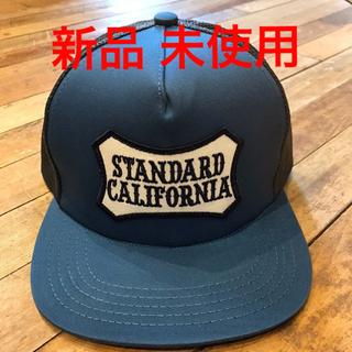 スタンダードカリフォルニア(STANDARD CALIFORNIA)のSTANDARD CALIFORNIA Logo Wappen Mesh Cap(キャップ)