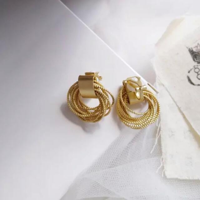 Ameri VINTAGE(アメリヴィンテージ)のゴールド ピアス イヤリング todayful ungrid zara iena レディースのアクセサリー(ピアス)の商品写真