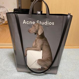 ACNE - acne studios エナメルトートバッグ