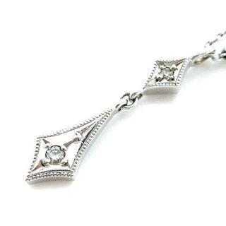 ココシュニック(COCOSHNIK)のココシュニック ネックレス ひし型 K10 ホワイトゴールド シルバー(ネックレス)