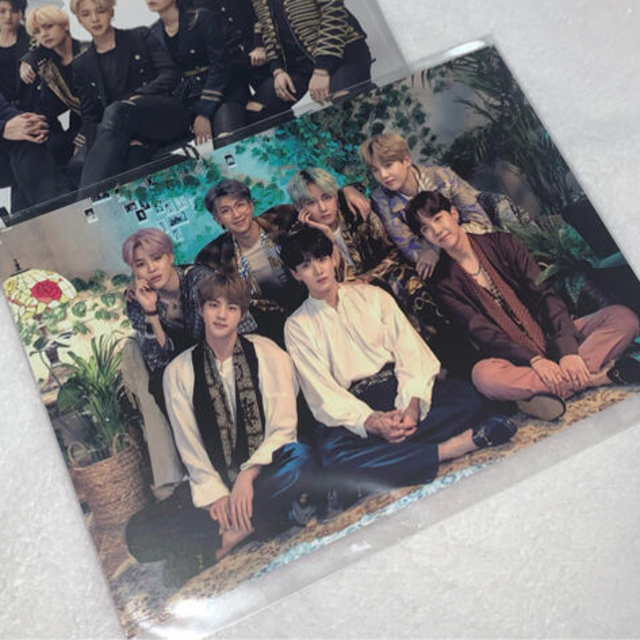 防弾少年団(BTS)(ボウダンショウネンダン)のBTS weverse 購入特典 ポストカード MAGIC SHOP エンタメ/ホビーのCD(K-POP/アジア)の商品写真