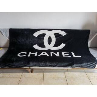 CHANEL - シャネル ブラケット ココマーク 毛布