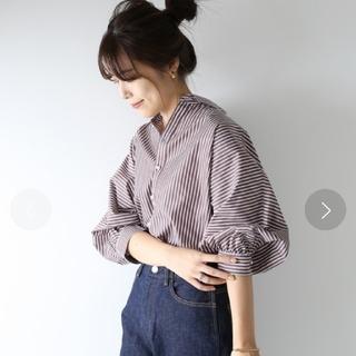 Spick and Span - Spick & Spanギャザーパールボタンシャツ