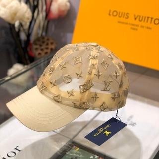 ルイヴィトン(LOUIS VUITTON)の大人気  帽子 Louis vuitton(メイクボックス)