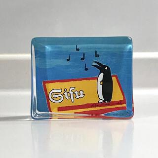 """イッタラ(iittala)の【希少品】iittala ヘルヤ ガラスカード """"Sisu Penguin""""(置物)"""