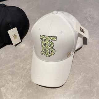 大人気  帽子  Burberry