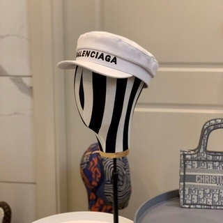 大人気  帽子   Balenciaga