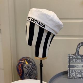 バレンシアガ(Balenciaga)の大人気  帽子   Balenciaga(アロマグッズ)
