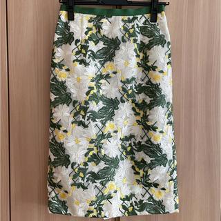 ジャスグリッティー(JUSGLITTY)の美品 ジャスグリッティー タイトスカート(ひざ丈スカート)